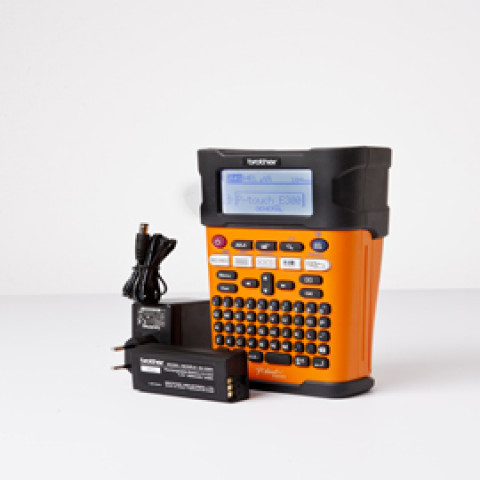 Etichettatrice Brother PTP300 P-touch CUBE